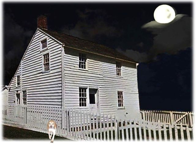 Hummelbaugh House at night